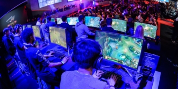 The Explosive Growth of eSports Over the Past Decade 7